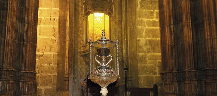 """En busca del  Santo Grial. El""""SantoCáliz""""delacatedraldeValencia"""